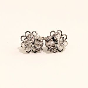BOGO SALE 🎉 Silver Stud Earrings